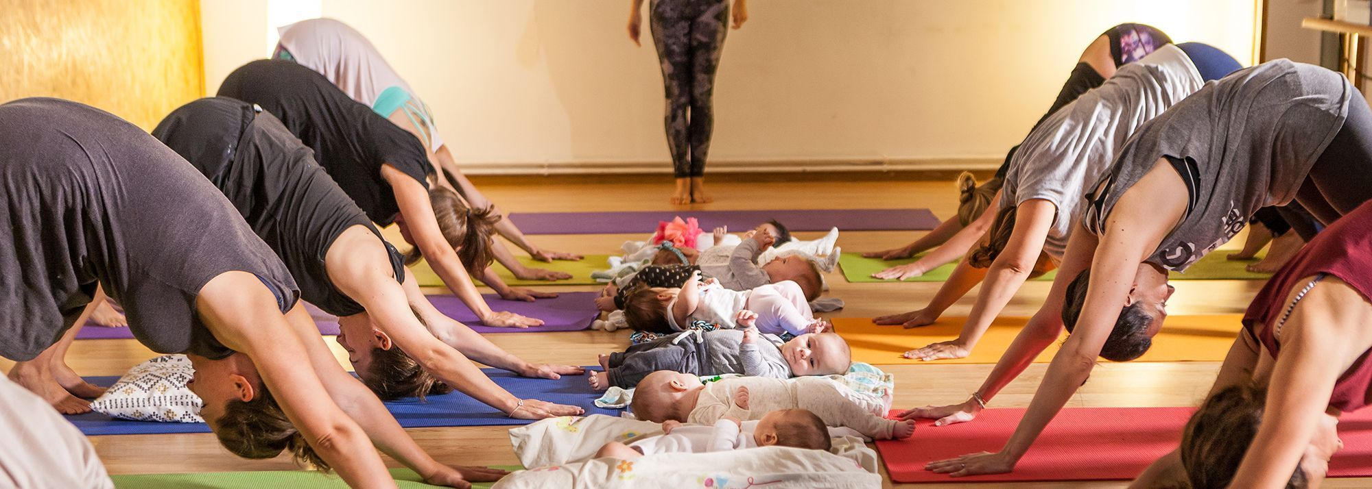 YOGA-CON-BEBES copia